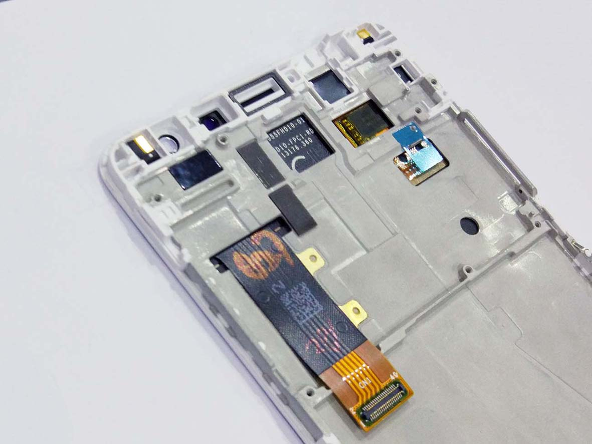 Original Complete screen with housing for Redmi Pro - White